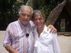 Michel en compagnie de Jean-Louis Aubert, en Guyane